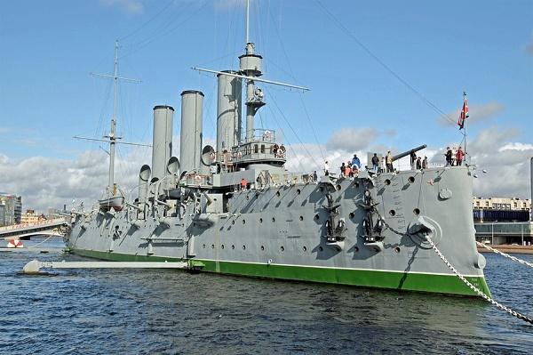 Капитальный ремонт крейсера «Аврора»