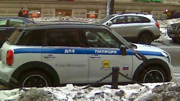 Маскировка транспортных средств под автомобили полиции