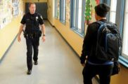 Охрана в американских школах