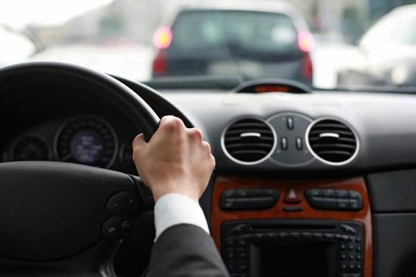 Водители и безопасность на дорогах