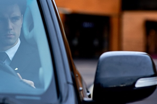 Аренда автомобиля с водителем